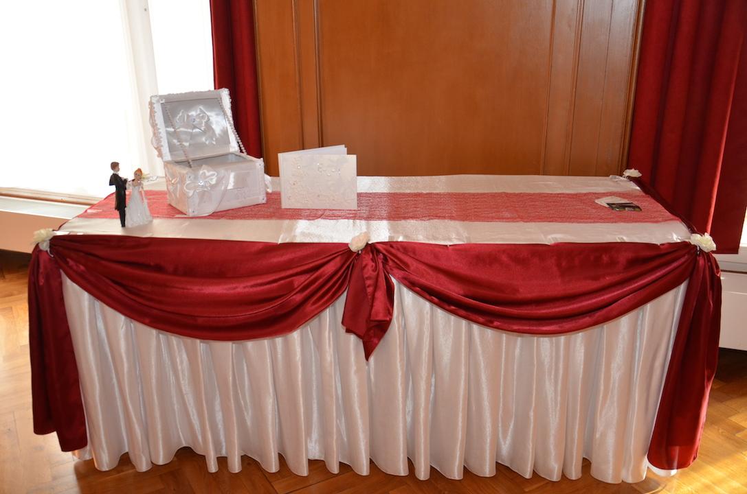Hochzeits-Geschenktisch
