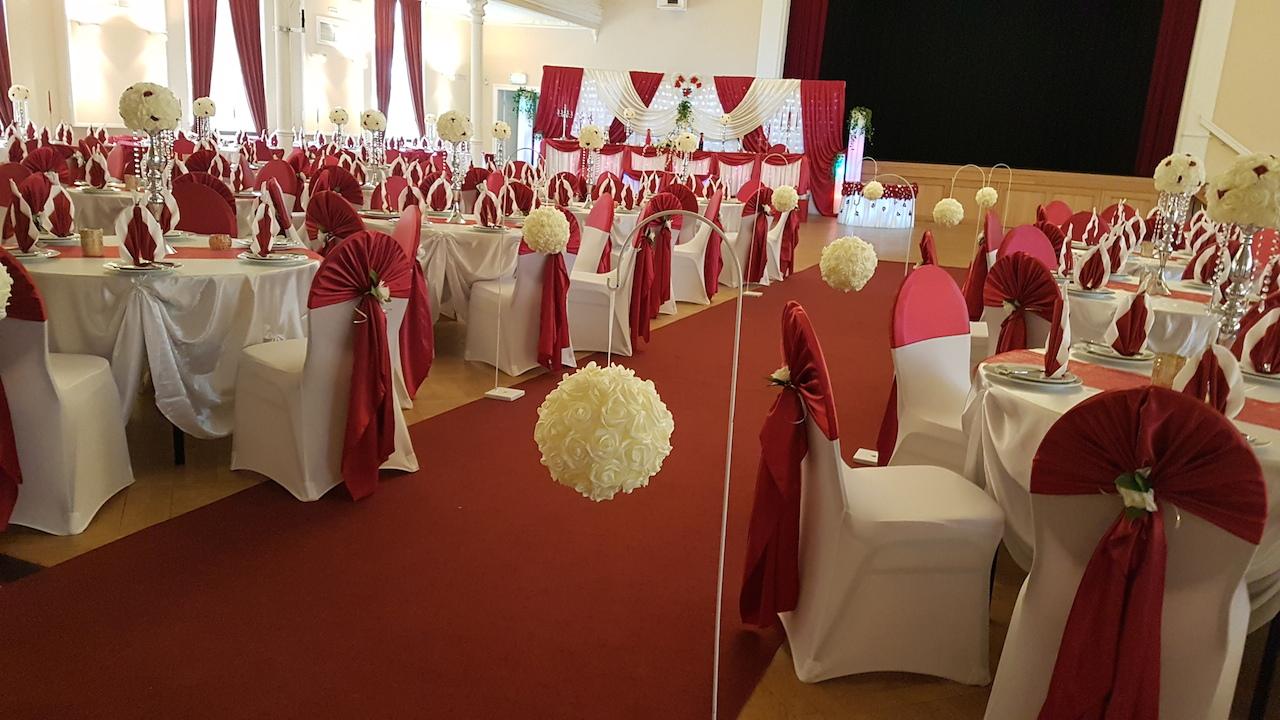 Hochzeitsdeko-Bordeaux-Dresden