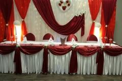 Brauttisch-Bordeaux