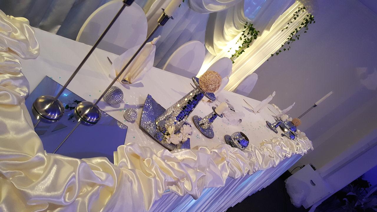 Hochzeitsdekoration-Creme