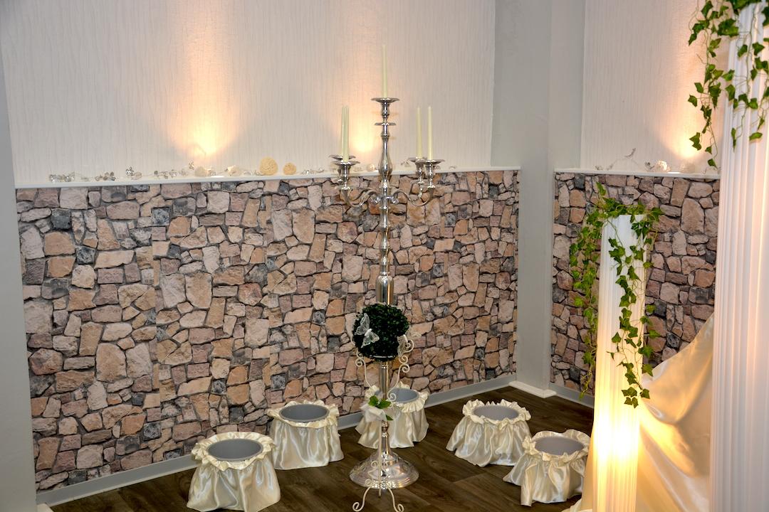 Hochzeit-Kerzenständer-Blumen