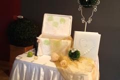 Hochzeitsdeko-Geschenktisch-Gold