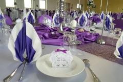 Tischdeko-Hochzeit-Flieder