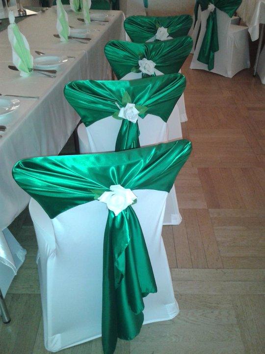 Dunkelgrün-Hochzeitsdekoration