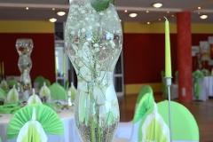 Gästetisch-Blumen-Grün-Hochzeit