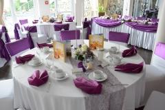 Gästetisch-Lila-Hochzeit