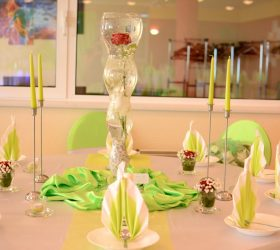 Gästetisch Grün Hochzeit