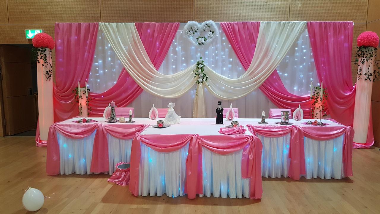 rosa hochzeit dekoration